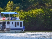 Houseboat Holidays at Tweed