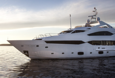 Treasurer takes up fight for Superyacht Industry