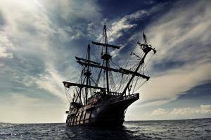 ship_galleon_sailing_sea_waves_sky_clouds_hd-wallpaper-234576