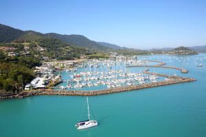 abell point marina boat gold coast