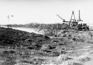 Digging of canals on the Merrimac Estate circa 1924