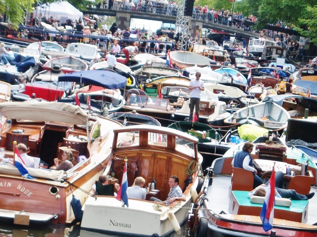 amsterdam_canal_festival_goldcoast