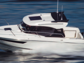 Parker 750 Comfort and Speed with Innovative Hull Design