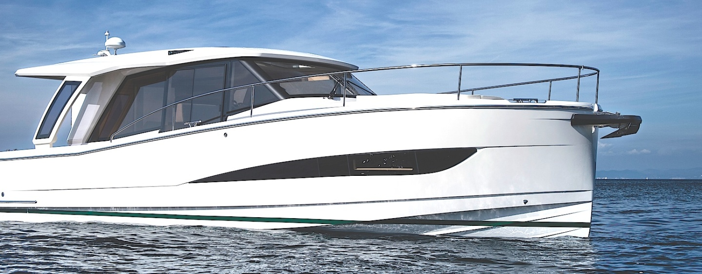 The world's first and only true hybrid yacht