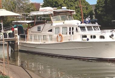 Breakfast Creek Boat Club: Where Wooden Boats Gather